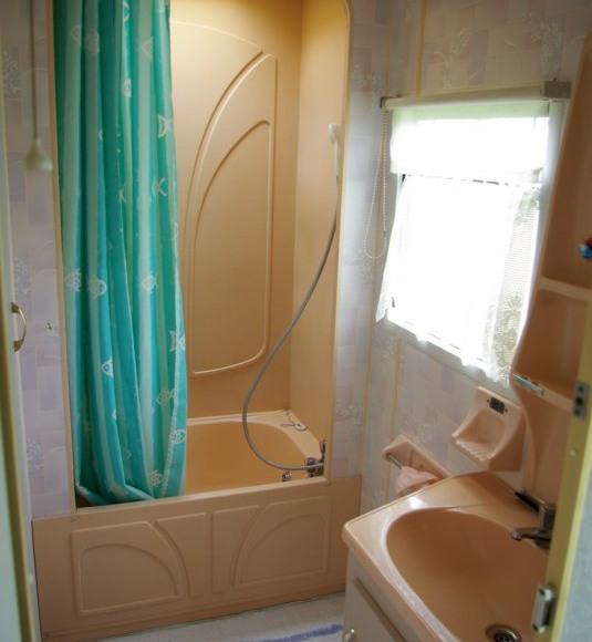 Łazienka z prysznicem - domek duży