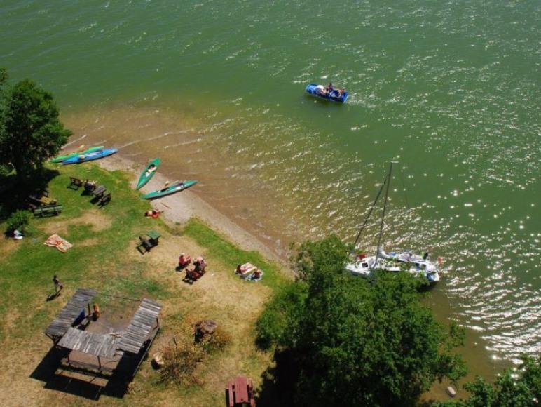 Jezioro Wdzydze z wierzy widokowej