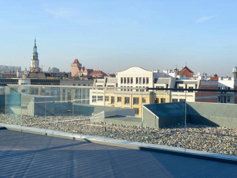 taras widokowy na dachu budynku