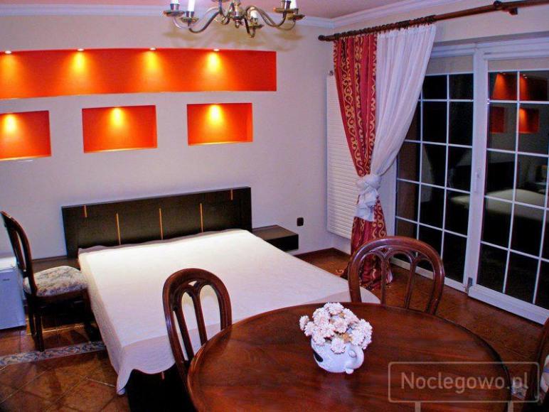 Dom Gościnny Alina pokoje I apartamenty.
