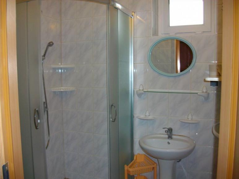 łazienka pok. nr. 1