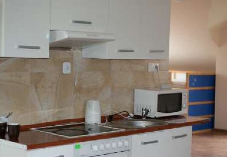 Apartament 90 m z 3 pokojami, salonem i łazienką