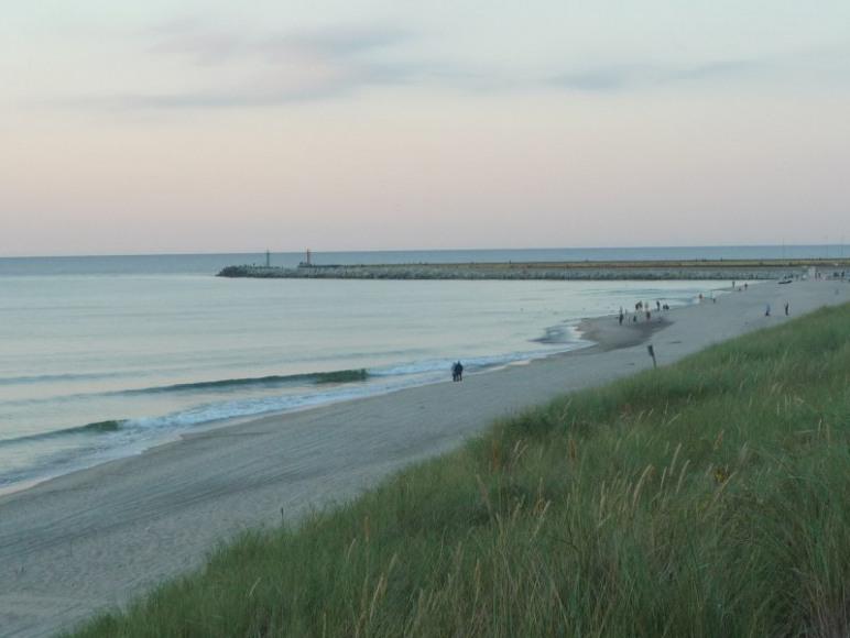 Atrakcją Darłówka Zach. jest szeroka i piaszczysta plaża