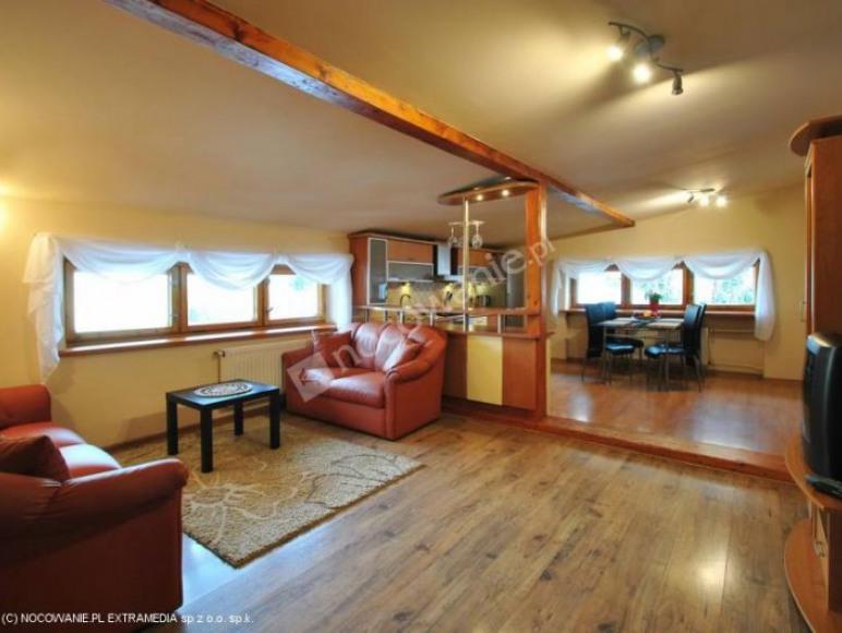 Apartament góra-Salon i kuchnia