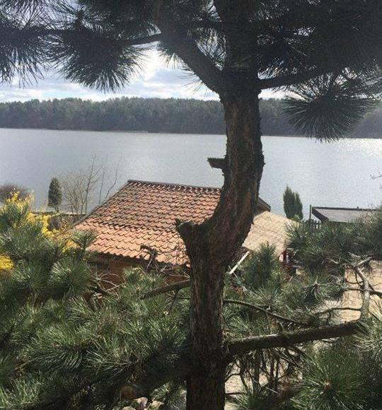Pokoj z widokiem na jezioro