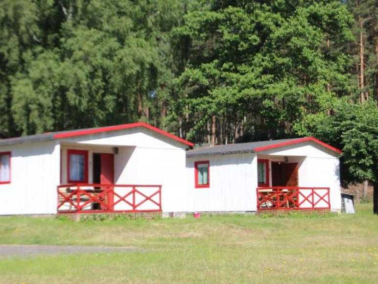domki tuż przy jeziorze