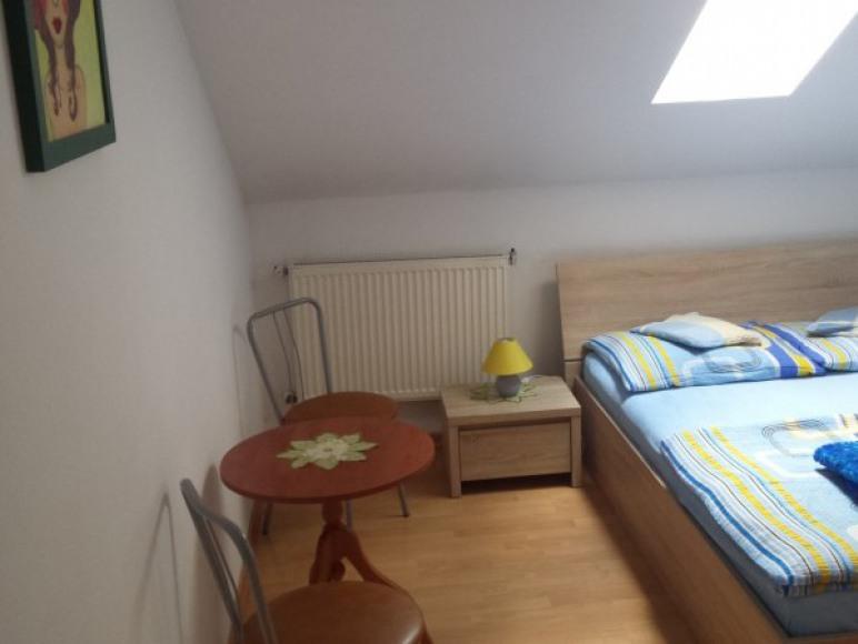 pokój 2 osobowy na piętrze