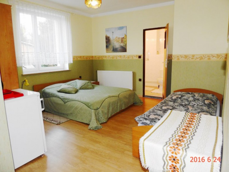 Pokój nr.2- sypialnia i łazienka