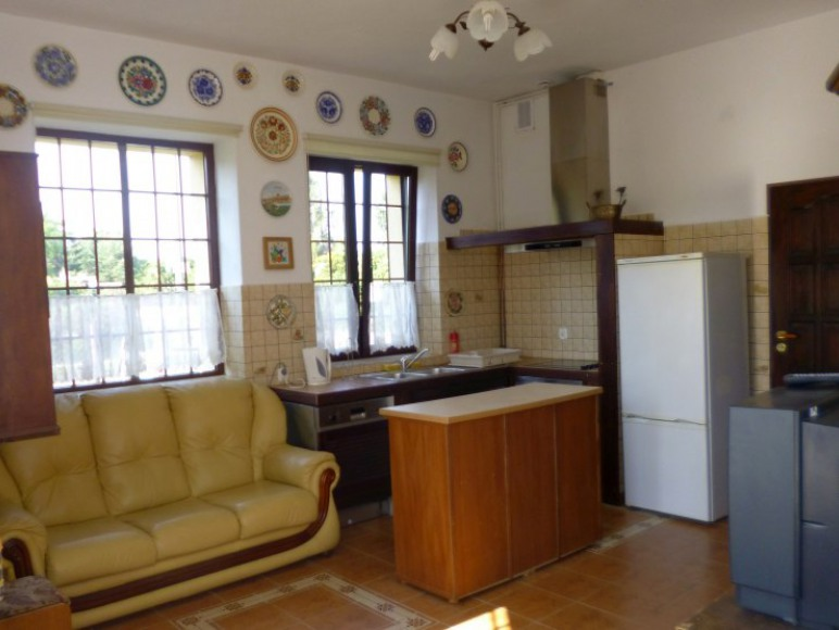 Pokój sypialny z aneksem kuchennym