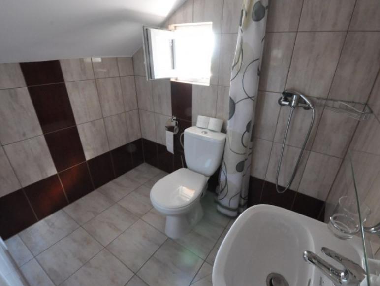 Łazienka pokój 6