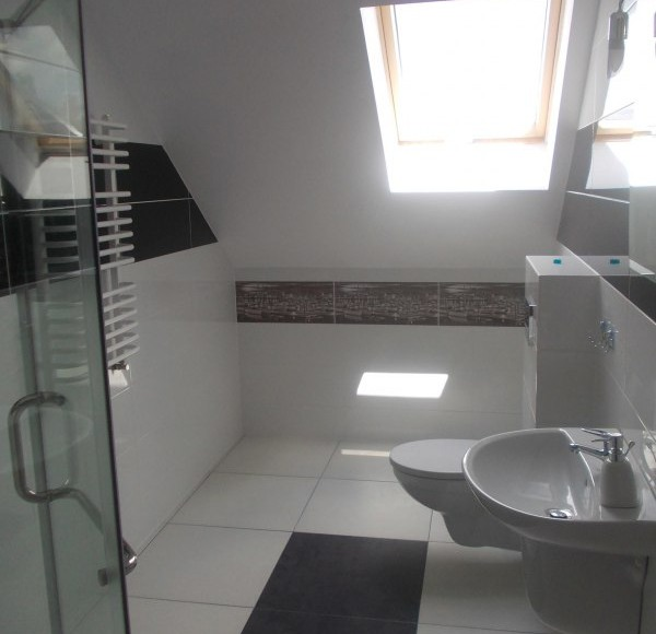 łazienka z kabiną prysznicową#1