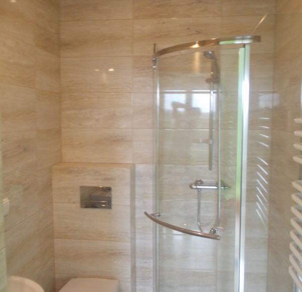łazienka z kabiną prysznicową#3