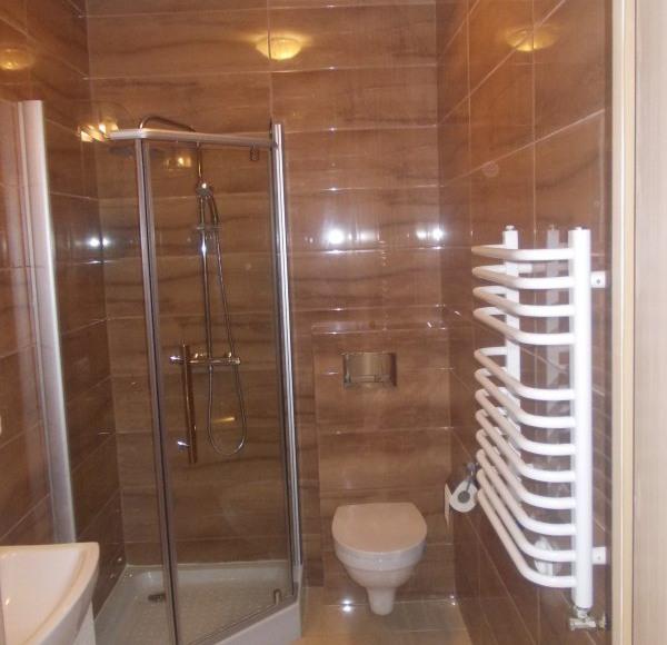 łazienka z kabiną prysznicową#4