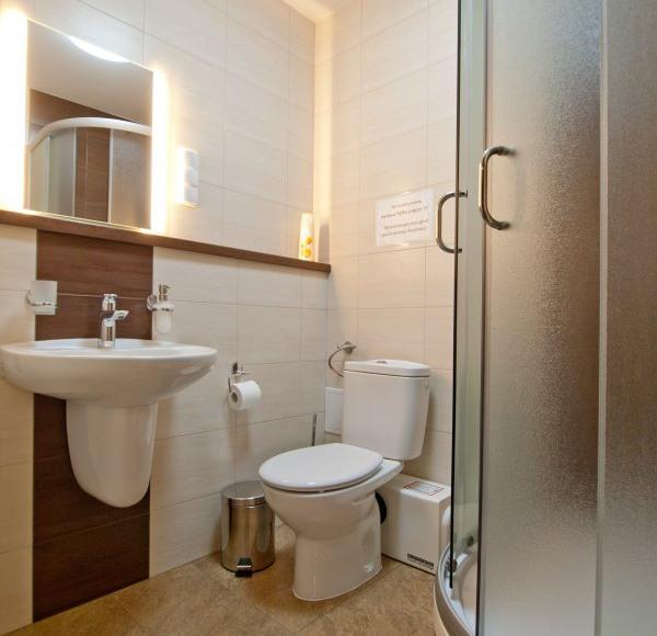 Łazienka w pokoju Londyn