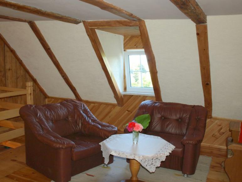 salonik na piętrze