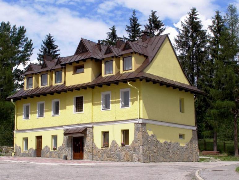 dom żółty