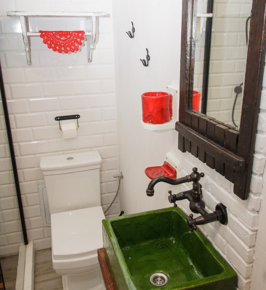 łazienka w izbie góralskiej