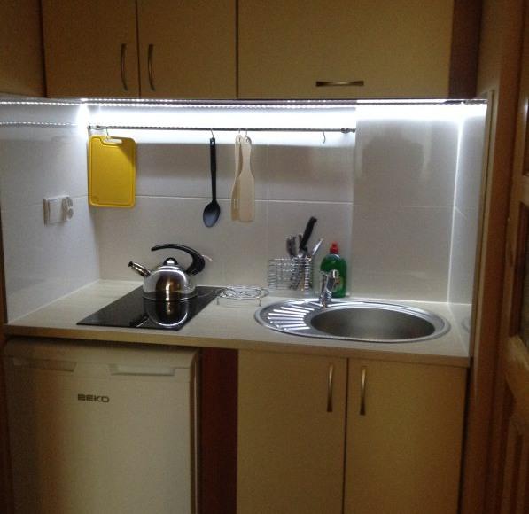 pokój nr 4- aneks kuchenny