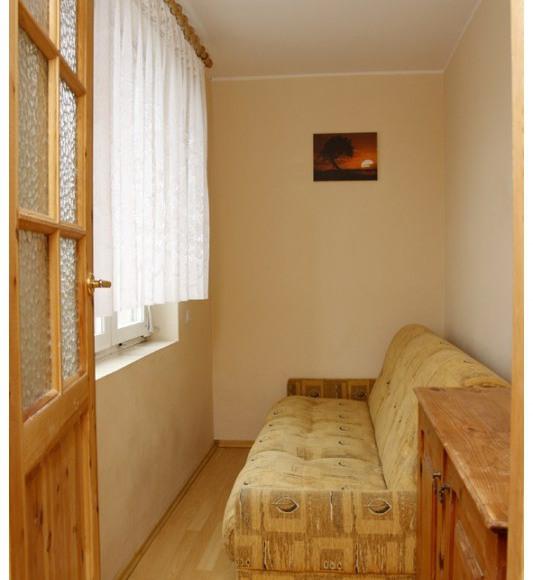 pokój dla 1-2 osób w mieszkaniu 2 pokojowym