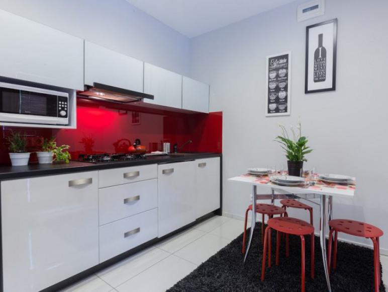Apartament Red Silver
