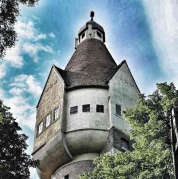 Wieża ciśnień z 1911 roku w pobliskim Pasymiu.