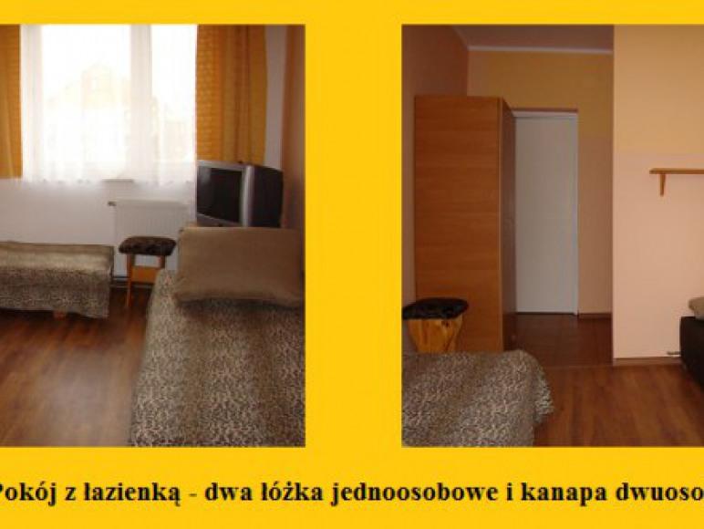 Pokój - kanapa 2-osobowa i dwa łóżka 1-osobowe