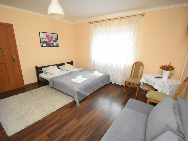 apartament 1 sypialnia 2