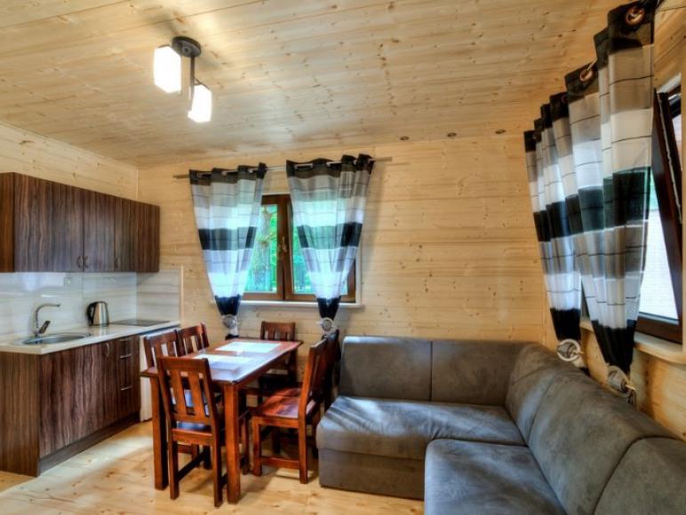 Domek drewniany 6-osobowy parterowy De Lux