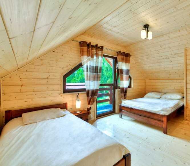 Domek drewniany 8-osobowy piętrowy De Lux II