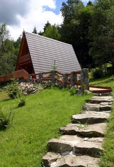 """Drewniany domek """"Na Skale"""""""