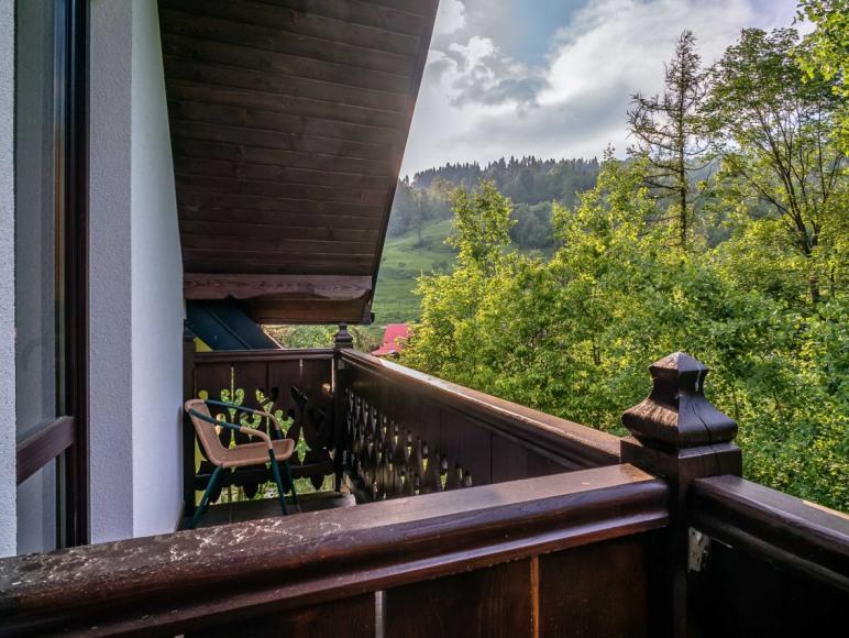 Czarna Woda 102-Domek w górach