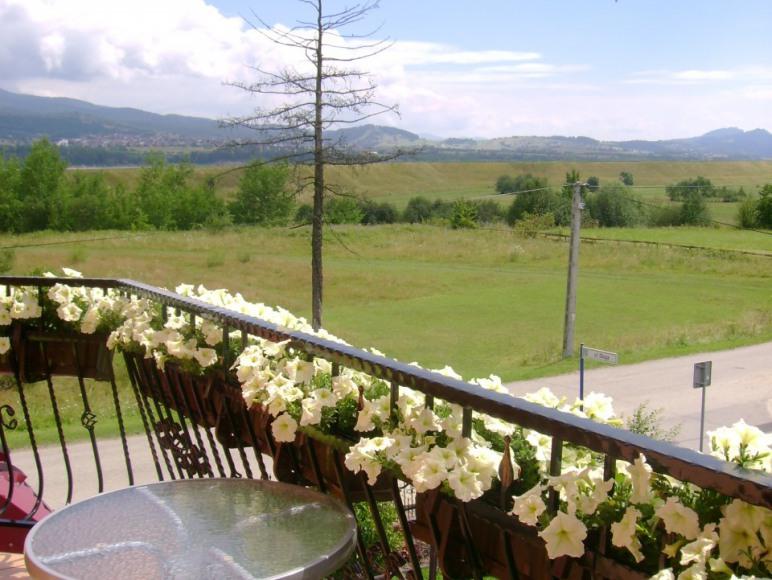 Balkon w pokoju dwu i czteroosobowym