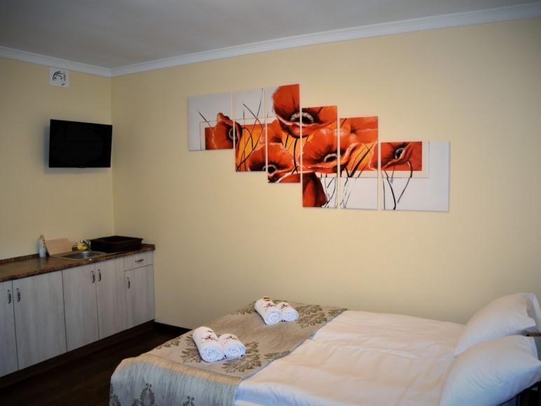 """Willa """"Różana"""" - Apartamenty i Pokoje Gościnne"""