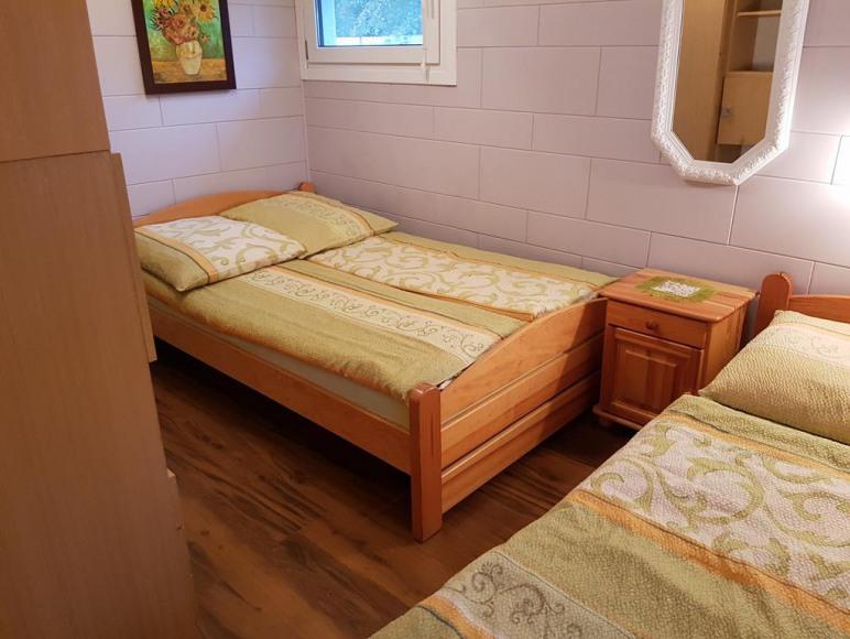 Biały domek - sypialnia.