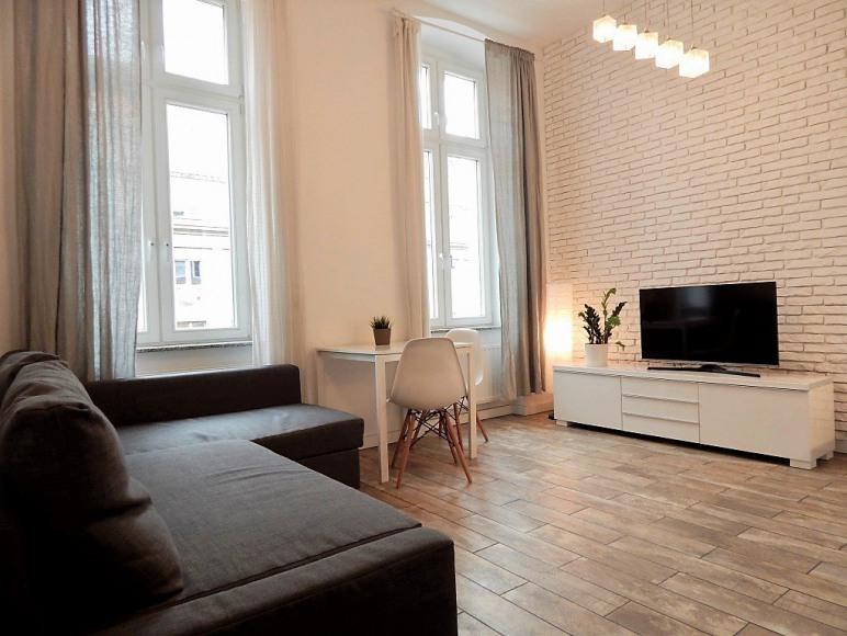 Aravel Apartments