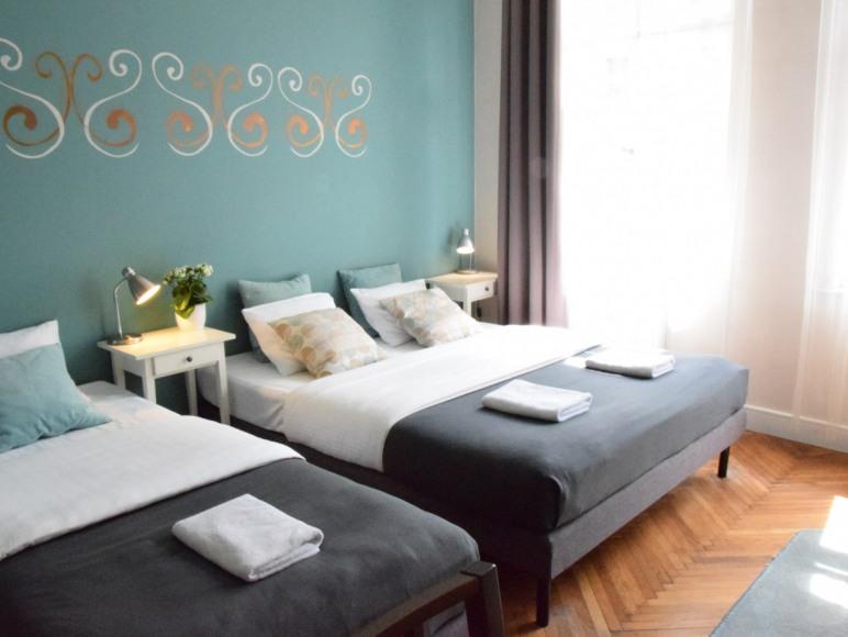 Blooms Boutique Hostel Inn & Apartments