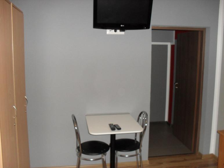 TV w pokoju 2-osobowym