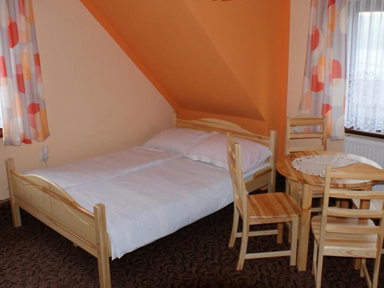 pokój w domu nr 2
