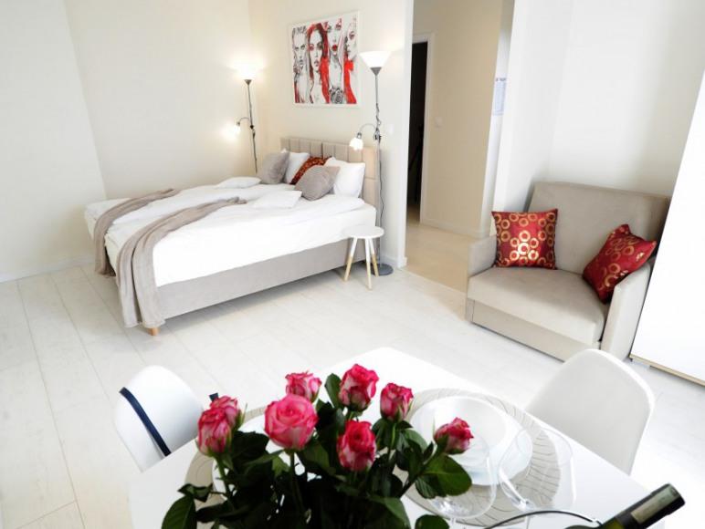 Romantic Sky Apartment - 15th floor