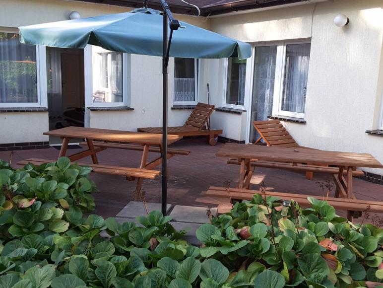 Apartamenty i pole namiotowe w Pobierowie