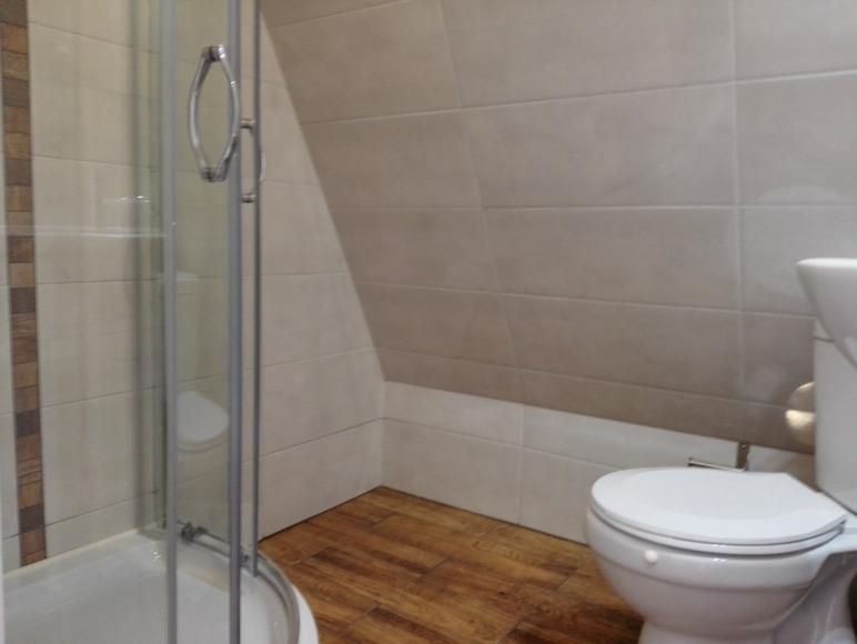 apartament 3-5 osobowy-łazienka