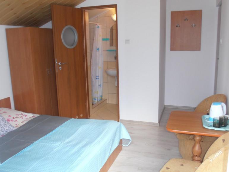 pokój nr 6 (2-os. z łazienką i balkonem)