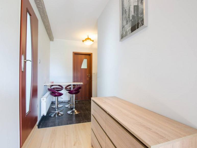 Apartament 2 - Korytarz oraz kuchnia
