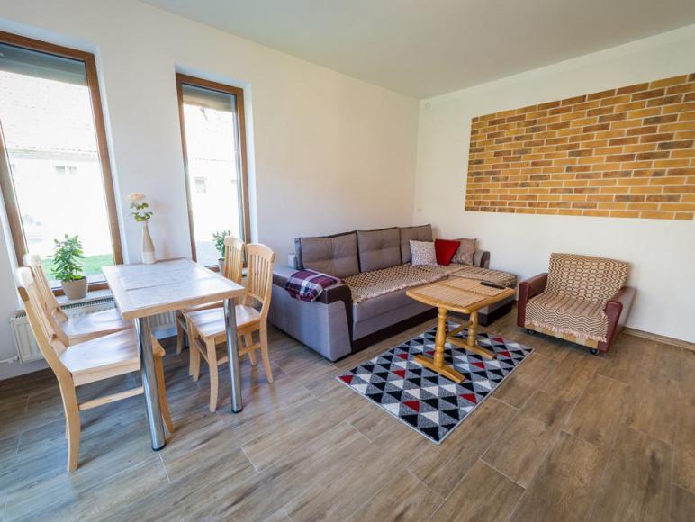 Apartament Mewa (Kolejowa 2)