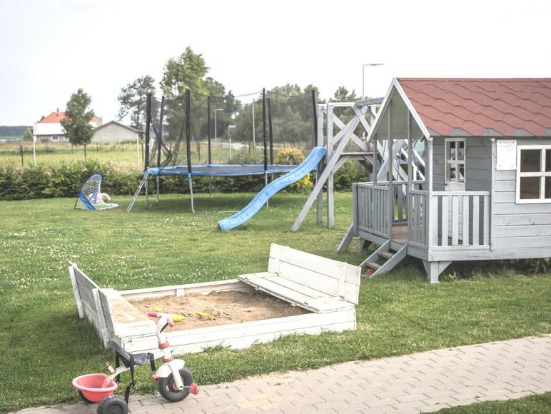 plac zabaw dla dzieci Nadmorska Oaza