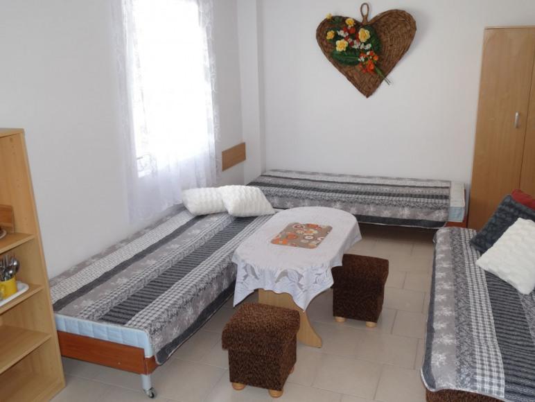 pokój 4-5 osobowy
