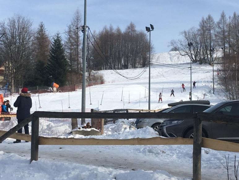 wyciąg narciarski 5 minut pieszo od domu