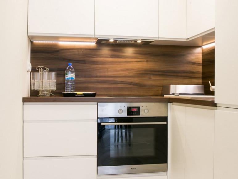 apartament 121,wyposażona kuchnia (zmywarka,piekarnik)