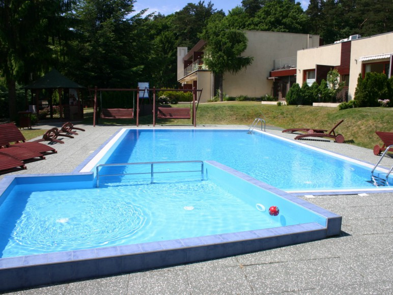 Termin: wrzesień '21. Apartament przy basenie