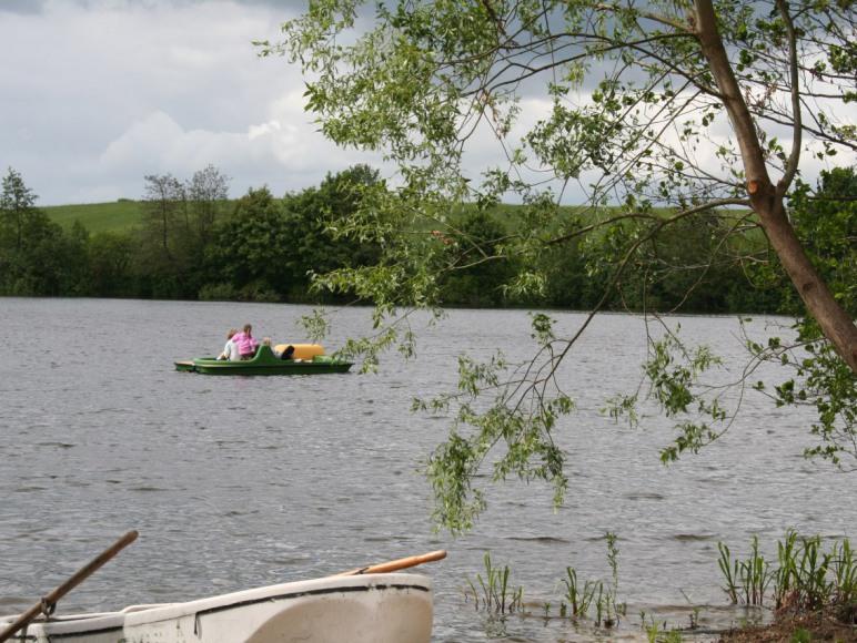 U Zuzanny - całe jezioro dla Was, łódka i rower wodny również